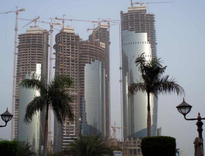 Half constructed towers like this are ubiquitous across the UAE. Total Sryiana scenery everywhere one looks here.