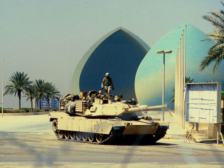 An American tank occupying al-Shaheed (the martyrs) monument along the east bank of the Tigris. ©2003 Derek Henry Flood